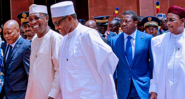 Buhari-walks