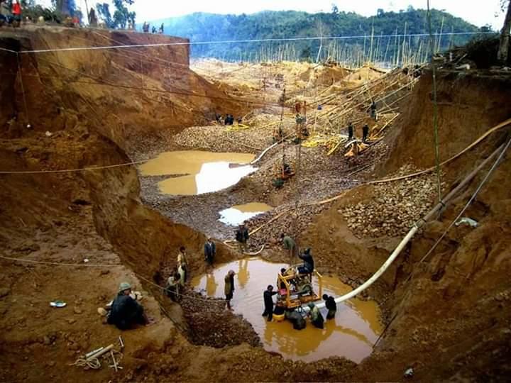 Zamfara-mining-site.jpg