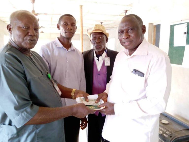 Meet-airport-cab-driver-who-returned-passengers-money
