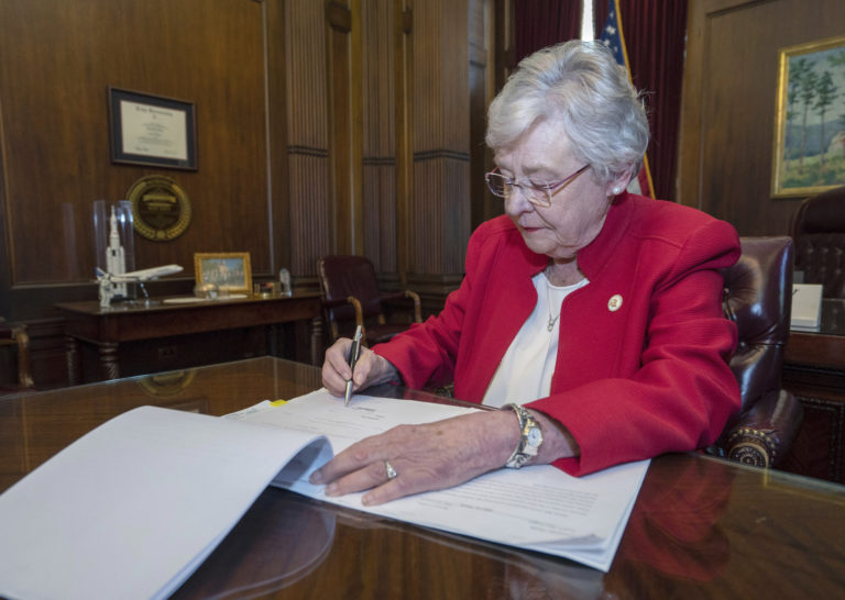 Alabama-governor-signs-abortion-bill-into-law.jpg