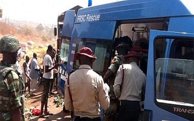 FRSC-officials-at-the-accident